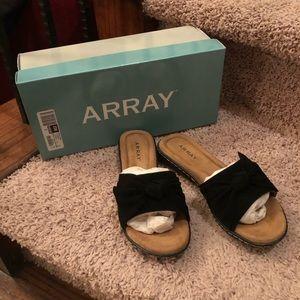 Array Cabana Black Suede Slide Sandals NIB 6 W
